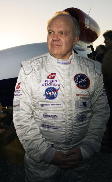 Effort「Steve Fossett Aims For Longest Flight Record」:写真・画像(2)[壁紙.com]