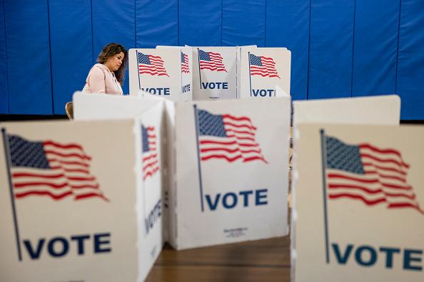 米国大統領選挙「Voters In 14 States Head To The Polls On Super Tuesday」:写真・画像(0)[壁紙.com]