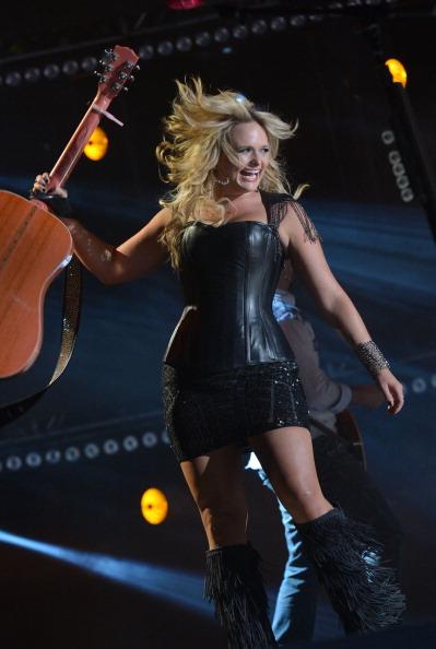 Hair Toss「2012 CMA Music Festival - Day 1」:写真・画像(14)[壁紙.com]