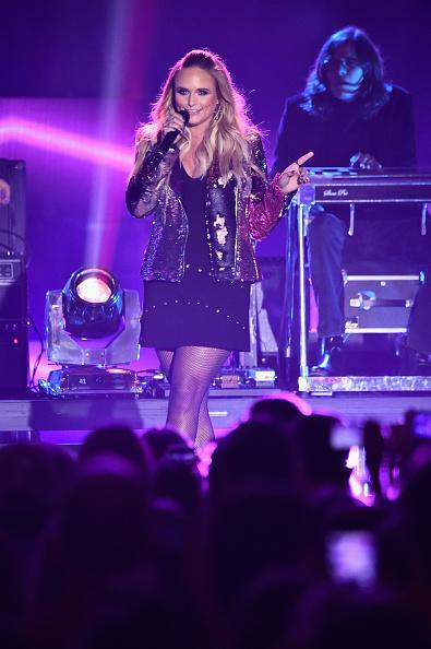 Nashville「2017 CMT Music Awards - Show」:写真・画像(13)[壁紙.com]
