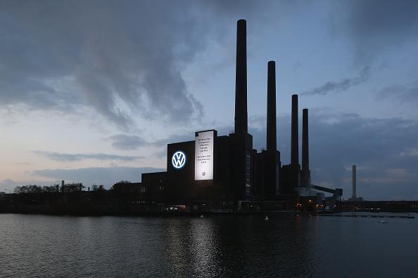 Wolfsburg - Lower Saxony「Volkswagen Whistleblowers Receive End Of November Deadline」:写真・画像(5)[壁紙.com]