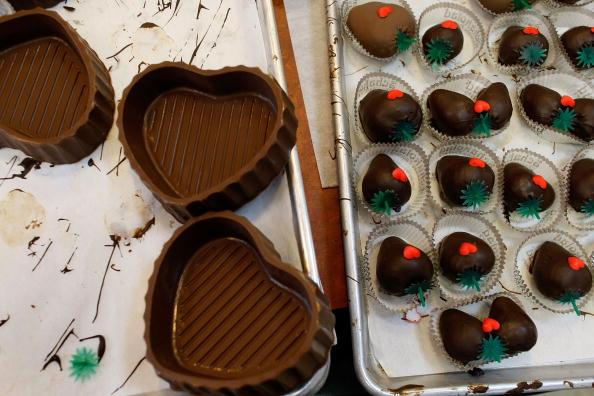 チョコレート「Chocolatier Prepares For Valentine's Day」:写真・画像(17)[壁紙.com]
