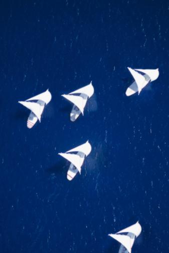 Sailboat「Sailboats racing.」:スマホ壁紙(5)