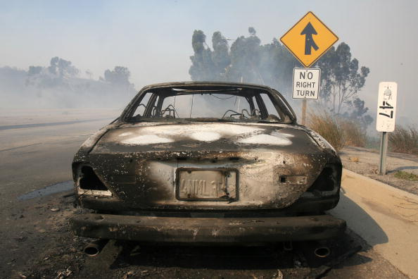 California State Route 1「Santa Ana Winds Stoke Wildfires In Southern California」:写真・画像(13)[壁紙.com]