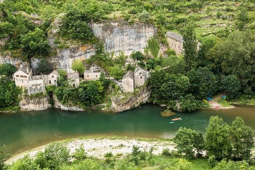 France「France, Longuedoc-Roussillon, Gorges du Tarn, Auberge de la Cascade」:スマホ壁紙(13)