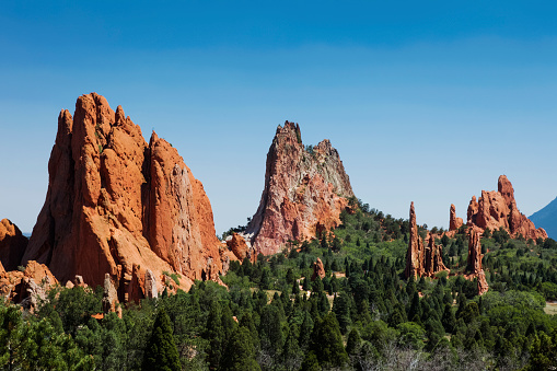 Capitol Reef National Park「Cathedral Valley at Garden of the Gods in Colorado Springs, United States」:スマホ壁紙(11)
