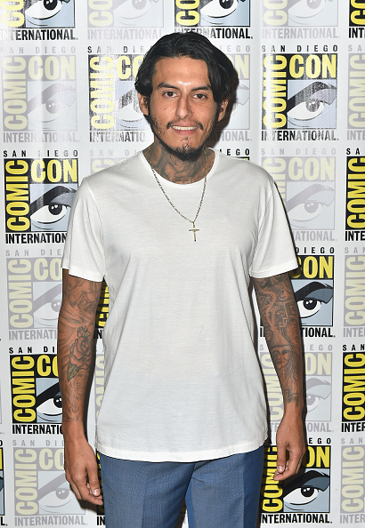 "Cross Shape「Comic-Con International 2018 - FX's ""Mayans M.C."" Press Line」:写真・画像(1)[壁紙.com]"
