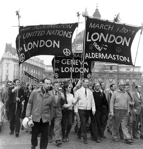 Symbols Of Peace「Aldermaston March」:写真・画像(15)[壁紙.com]