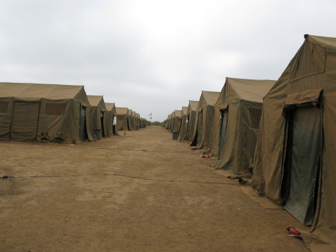 Tent「A row of tents at Red Beach, Camp Pendleton, California.」:スマホ壁紙(14)