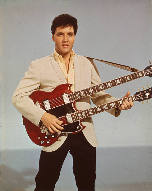 Elvis With Double Bass:ニュース(壁紙.com)