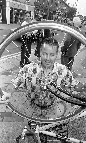 カメラ目線「Stephen Roche former Tour de France Winner 1987」:写真・画像(9)[壁紙.com]