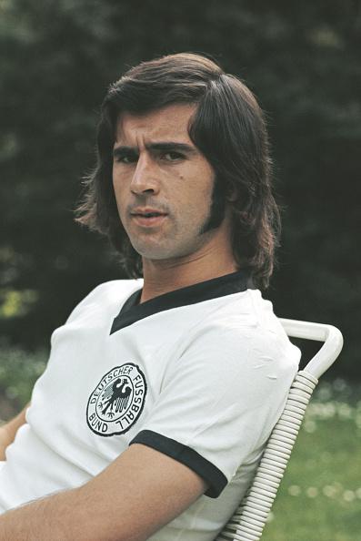Soccer「Gerd Muller West Germany Forward 1972」:写真・画像(13)[壁紙.com]