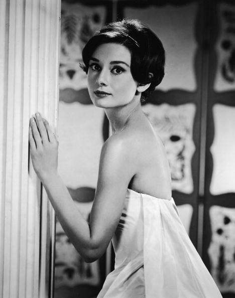 Waist Up「Portrait Of Audrey Hepburn」:写真・画像(5)[壁紙.com]