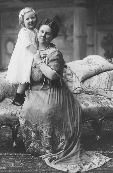 Netherlands「Queen Wilhelmina And Princess Juliana」:写真・画像(1)[壁紙.com]