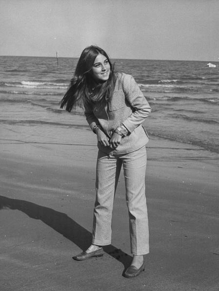 女性歌手「Romina Power」:写真・画像(0)[壁紙.com]