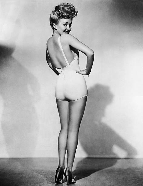 Betty Grable, Pin-Up Girl:ニュース(壁紙.com)