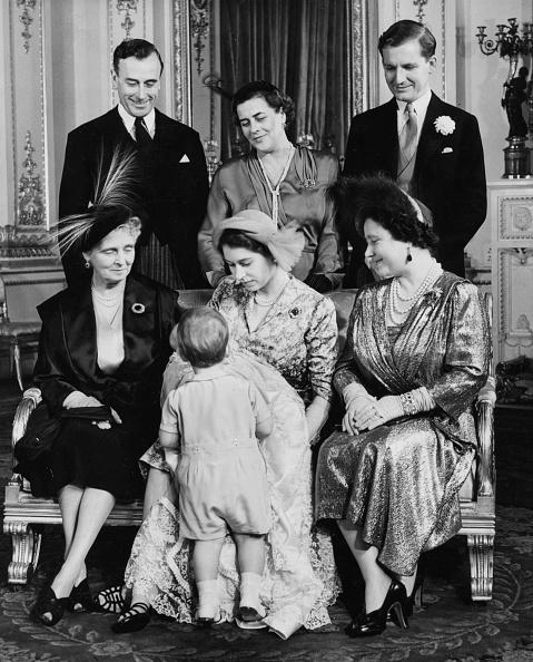 Baptism「Christening Of Princess Anne」:写真・画像(10)[壁紙.com]