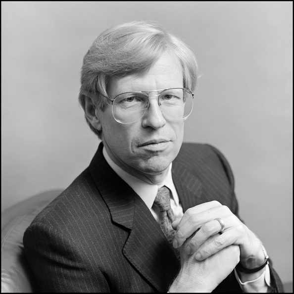 Hands Clasped「Portrait Of Theodore Olson」:写真・画像(16)[壁紙.com]