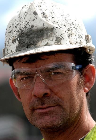 Focus On Foreground「Portrait of Construction Worker, London, UK」:写真・画像(11)[壁紙.com]