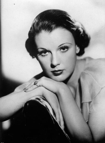 縦位置「Portrait of Irene Bentley. US-american actress. 1934. Photograph. (Photo by Imagno/Getty Images) Portrait Irene Bentley. US-amerikanische Schauspielerin. 1934. Photographie.」:写真・画像(16)[壁紙.com]