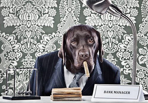 Desk Lamp「Portrait of Chocolate Labrador as bank manager」:スマホ壁紙(4)