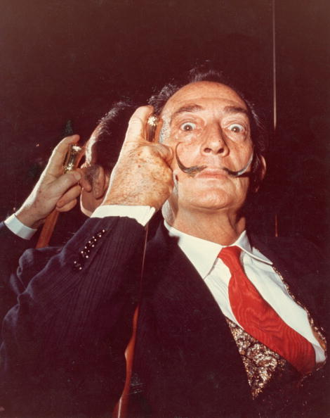Mustache「Salvador Dali Holds His Cane」:写真・画像(9)[壁紙.com]