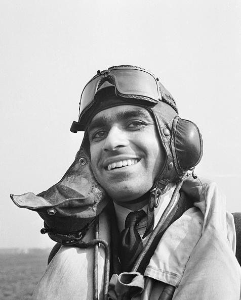 Air Force「Pilot Officer Hukum Chand Mehta」:写真・画像(8)[壁紙.com]
