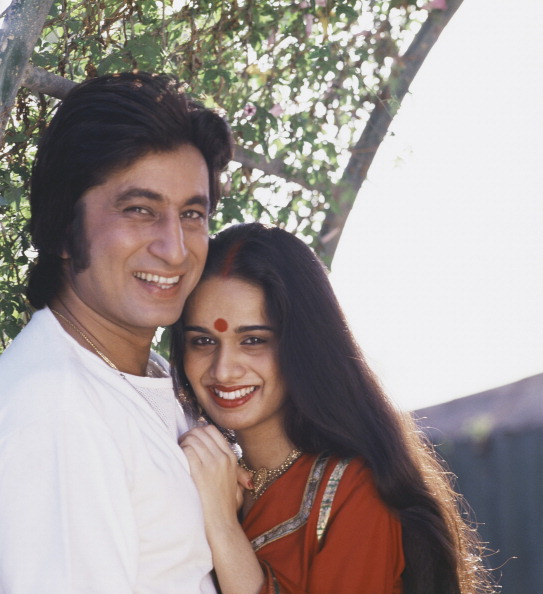 Indian Ethnicity「Shakti Kapoor And Shivangi Kapoor」:写真・画像(0)[壁紙.com]