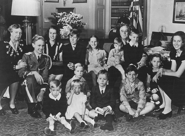 Franklin Roosevelt「Franklin D Roosevelt And His Grandchildren」:写真・画像(10)[壁紙.com]