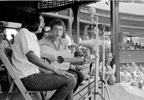 Folk Music「Joan And Bob At Newport」:写真・画像(15)[壁紙.com]