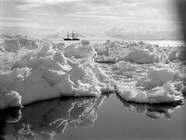 Iceberg - Ice Formation「Terra Nova Expedition」:写真・画像(8)[壁紙.com]