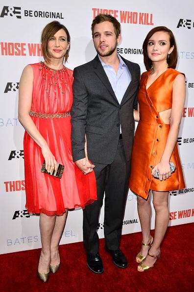 "Clutch Bag「Premiere Party For A&E's Season 2 Of ""Bates Motel"" & Series Premiere Of ""Those Who Kill"" - Arrivals」:写真・画像(3)[壁紙.com]"