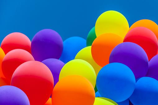 豊富「Colorful balloons」:スマホ壁紙(2)