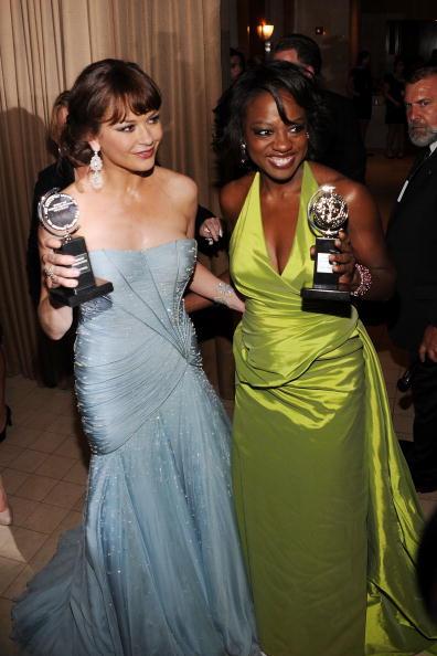 Halter Top「64th Annual Tony Awards - Media Room」:写真・画像(16)[壁紙.com]