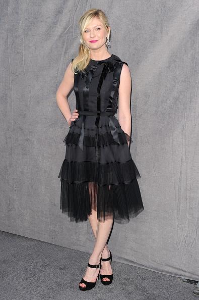 Frilly「17th Annual Critics' Choice Movie Awards - Arrivals」:写真・画像(1)[壁紙.com]