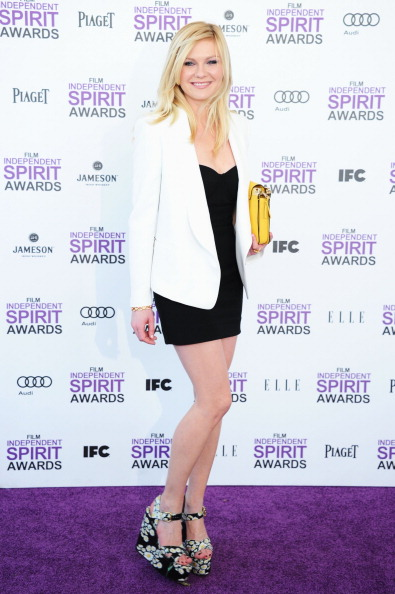Kirsten Dunst「2012 Film Independent Spirit Awards - Arrivals」:写真・画像(7)[壁紙.com]