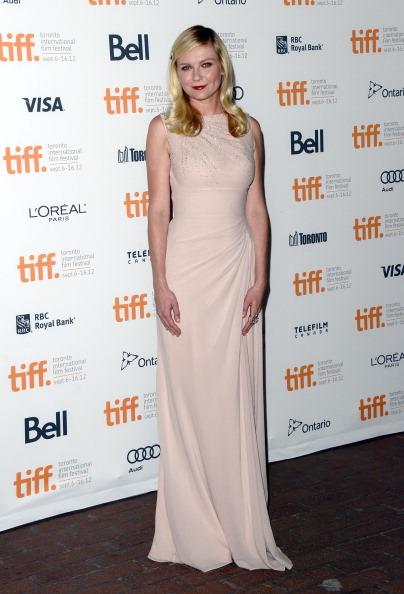 "Kirsten Dunst「""On The Road"" Premiere - Arrivals - 2012 Toronto International Film Festival」:写真・画像(7)[壁紙.com]"