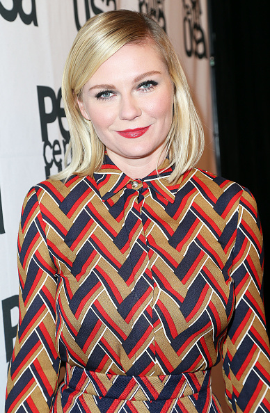 Kirsten Dunst「PEN Center USA's 25th Annual Literary Awards Festival - Cocktail Reception」:写真・画像(13)[壁紙.com]