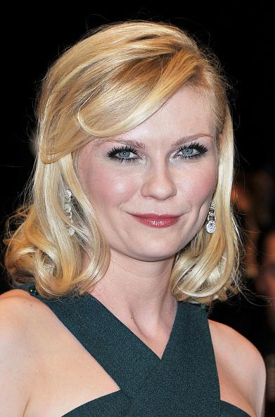 "Halter Top「""Melancholia"" Premiere - 64th Annual Cannes Film Festival」:写真・画像(9)[壁紙.com]"