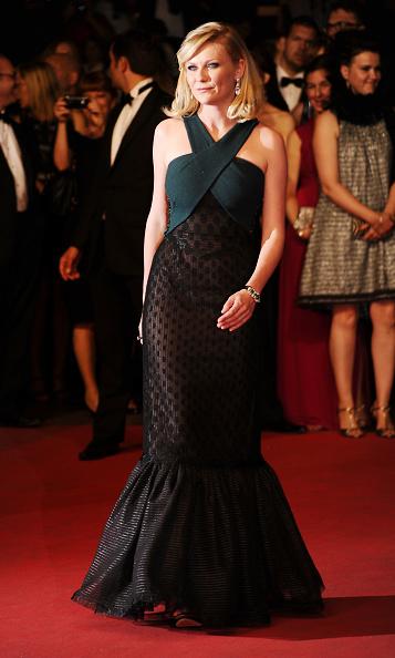 "Halter Top「""Melancholia"" Premiere - 64th Annual Cannes Film Festival」:写真・画像(11)[壁紙.com]"