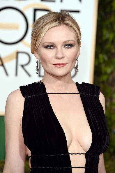 Kirsten Dunst「73rd Annual Golden Globe Awards - Arrivals」:写真・画像(0)[壁紙.com]