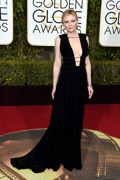 Kirsten Dunst「73rd Annual Golden Globe Awards - Arrivals」:写真・画像(13)[壁紙.com]