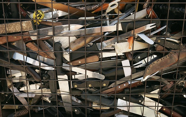 The Knife「Knives Surrendered During The Knife Amnesty Are Recycled」:写真・画像(3)[壁紙.com]
