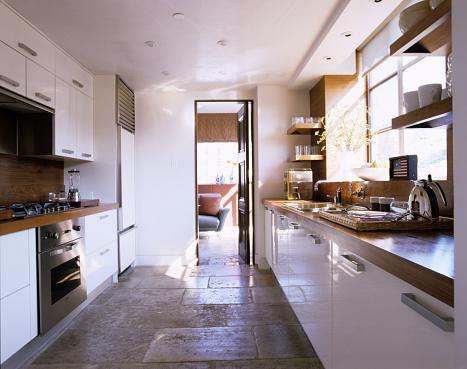 Walnut「Kitchen with Stone Floor and Black Walnut Countertops」:スマホ壁紙(14)