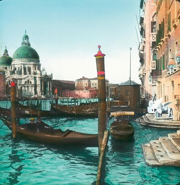 Passenger Craft「The Church Santa Maria della Salute with Canal Grande. Handcolored lantern slide. Around 1910」:写真・画像(7)[壁紙.com]
