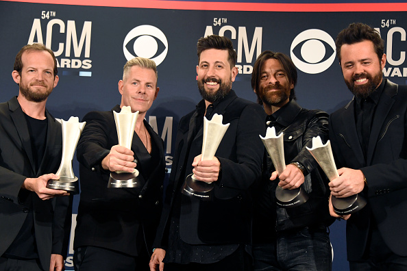 Academy of Country Music「54th Academy Of Country Music Awards - Press Room」:写真・画像(7)[壁紙.com]