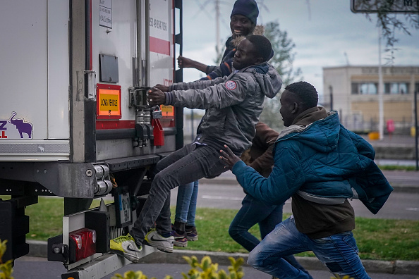 France「Migrants Try New Crossing From France To The UK」:写真・画像(6)[壁紙.com]
