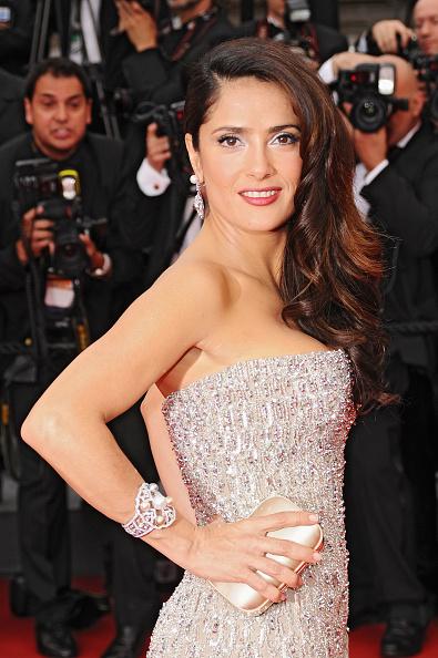 カメラ目線「Opening Ceremony - 64th Annual Cannes Film Festival」:写真・画像(6)[壁紙.com]