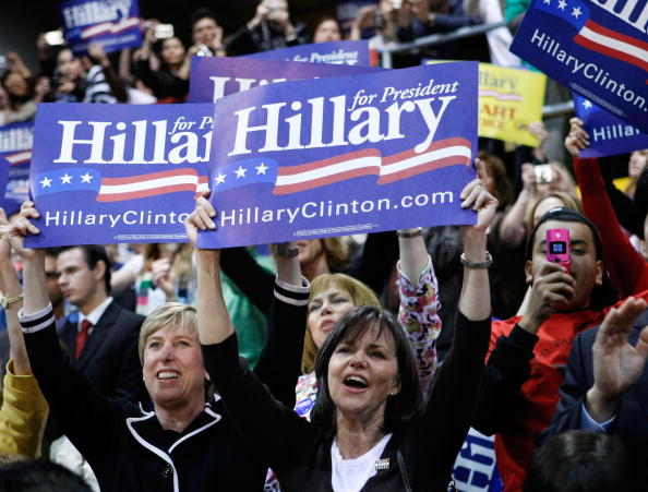 Super Tuesday「Hillary Clinton Campaigns Ahead Of Super Tuesday」:写真・画像(14)[壁紙.com]