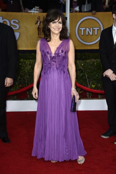 Sleeveless Dress「19th Annual Screen Actors Guild Awards - Arrivals」:写真・画像(18)[壁紙.com]